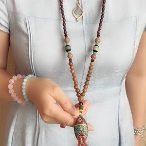 **NWT**  **BOUTIQUE ITEM**   NEPAL BEADED NECKLACE